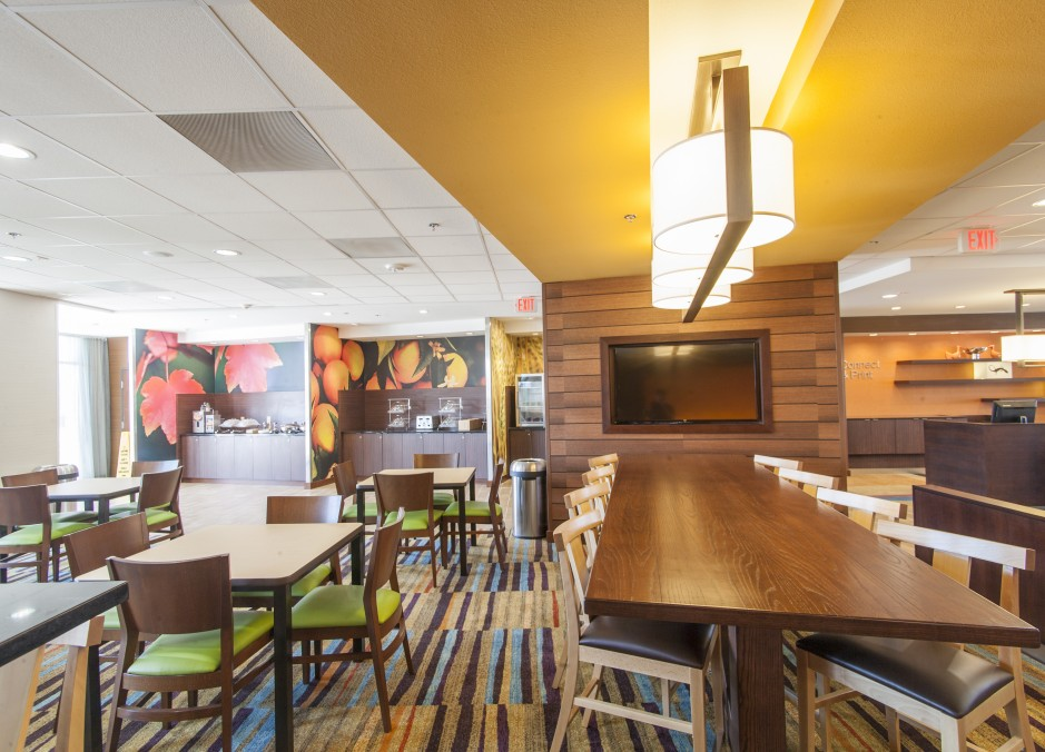 Four Fairfield Inn & Suites Dining in Eagle Ford Shale