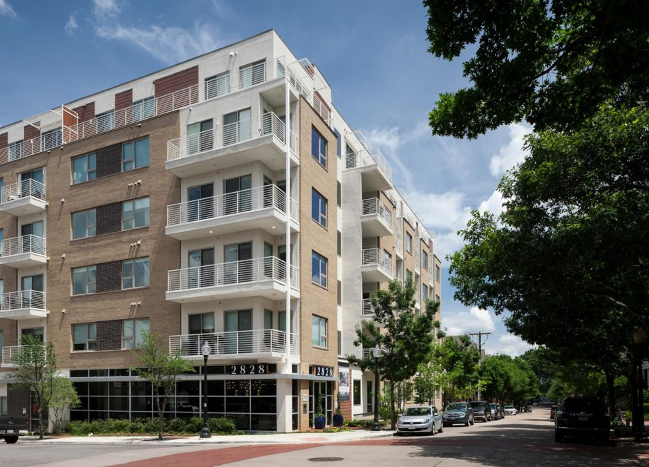 Alta State Thomas luxury Apartments located In Uptown Dallas TX